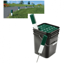 Par Aide Green & White Directional Markers Spiked